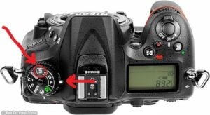 Nikon D7200 Shutter Speed - button