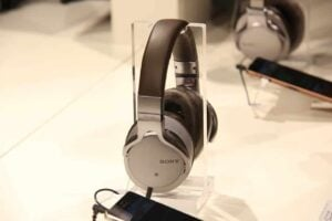 Best Sony Headphones for Kids - Sony MDR1AM2-B Wired Headphones