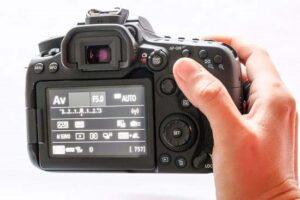Canon EOS 90D shutter speed - AF mode