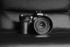 Best DSLR Camera Under 1000 - Nikon D5600