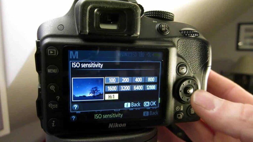 Nikon D3300 wedding photography - ISO settings