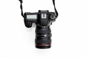 Canon 90D review - Design & Handling