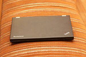 Best Touchscreen Laptop Under 1000 - Lenovo Chromebook C330