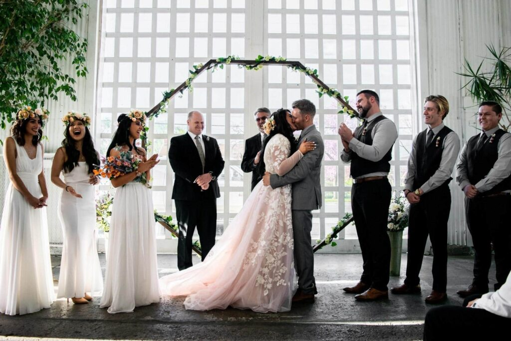 What is Candid Photography for Wedding