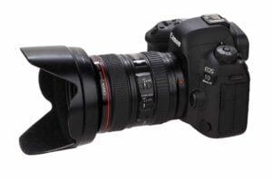 Canon 5D Mark IV review - Lens