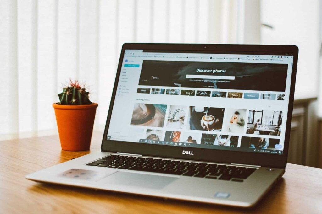 Best laptop for online classes - Dell Inspiron 15