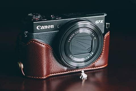 Canon PowerShot G7X Mark III Flip Camera