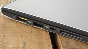 How do I connect my Lenovo laptop to a monitor using HDMI - HDMI port