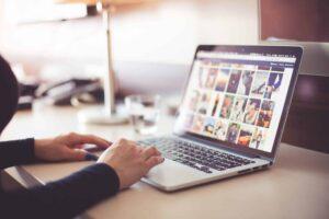 Good Laptop for Video Editing - Apple MacBook Pro