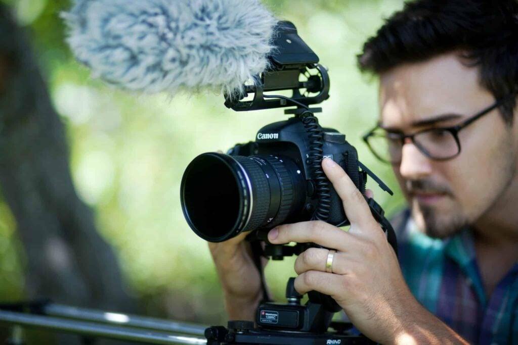 Microphone for Canon Camera - Sennheiser MKE 400 Shotgun Microphone