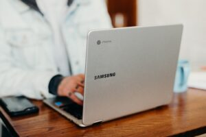 Best laptops for college students under $500 - Samsung Galaxy Chromebook 4 Laptop