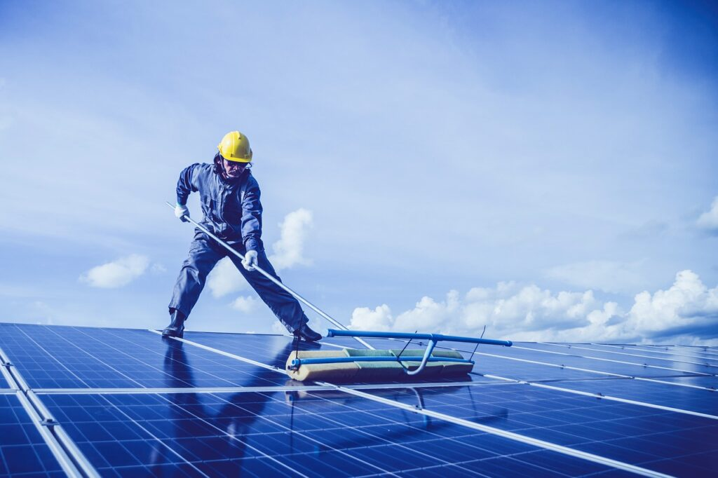 How much does commercial solar panel installation cost