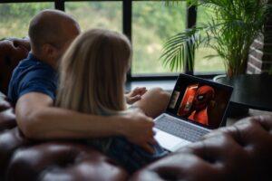 How to mirror Chromebook to Roku