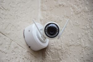 Best Solar Powered Wireless Security Camera System - SOLIOM S60 Security Camera