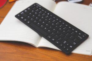 Chromebook Accessories - Logitech MX Wireless Keyboard